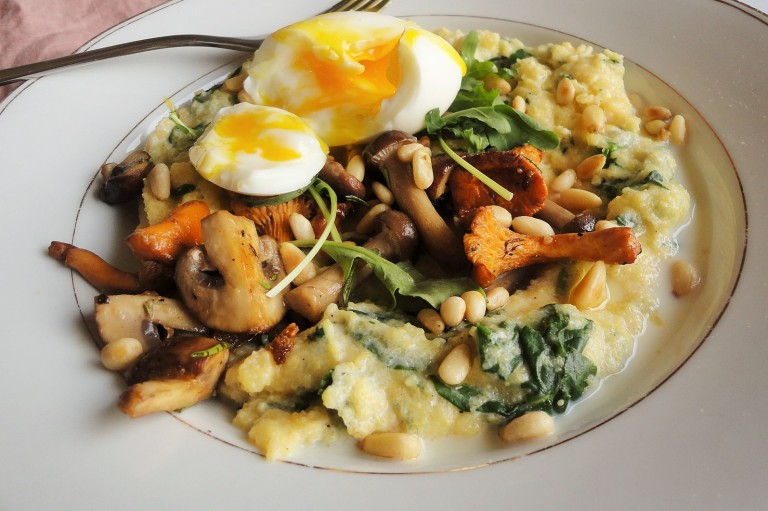 creamy polenta with spinach and runny egg.JPG